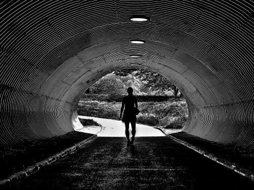 På väg ut ur tunneln<br>Fotograf:Annicka Carlund