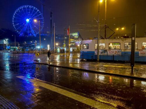 f-V065761-Regnig kväll